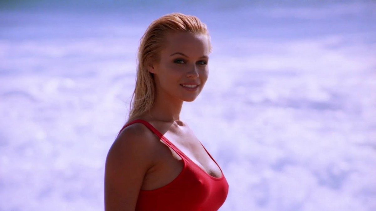 Lily James dresses as Baywatch Pamela Anderson in latest Pam & Tommy set photos
